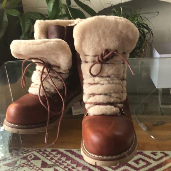 Women's winter boot 8.5 NEW!!!